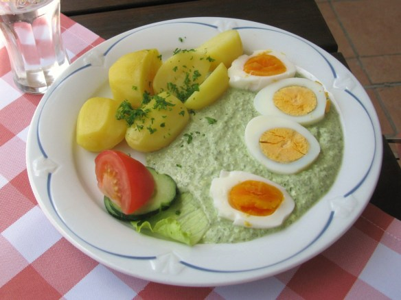 Frankfurter-Griee-Sooß-Grüne-Soße